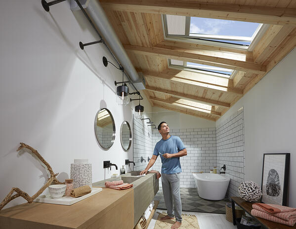 Venting Bathroom Skylight VELUX Renovation