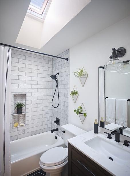 Small-bathroom-one-skylight